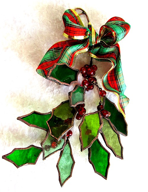 tartan bow holly decorations