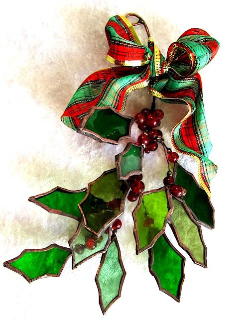 tartan bow holly decorations